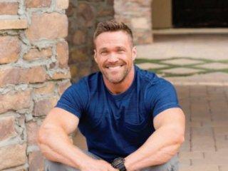 轉型專家—Chris Powell崎嶇的成功之路